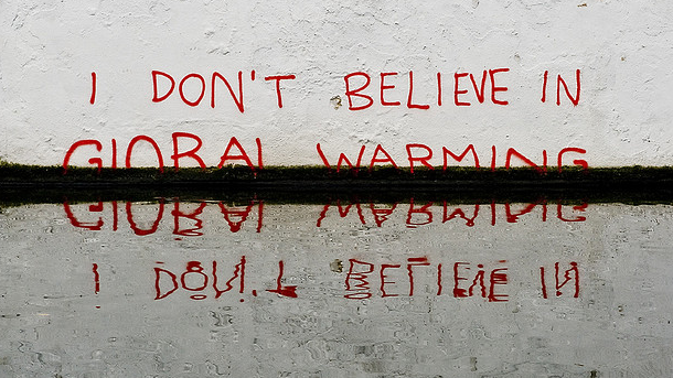 banksy_global-warming_wide-7527f80adc303d06811e9a8c4b7ab76465adbc2f-s900-c85